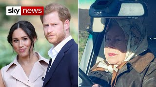 Download Queen calls crisis meeting over Harry and Meghan bombshell Video