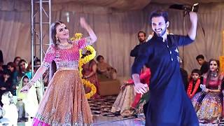 Download Performance By Dolly LEO At Mehndi Video