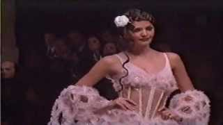 Download Chanel Couture SUmmer 1993 Video