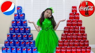 Download Wendy Pretend Play Coke vs Pepsi Learn Colors while Shopping for Soda Video