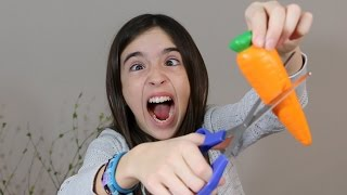 Download SHE CUT OPEN HER SQUISHIES!! Video