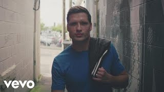 Download Walker Hayes - You Broke Up with Me Video