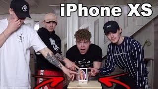 Download DEN SOM SIST SLÄPPER FINGRET VINNER EN *iPhone XS!!!* Video