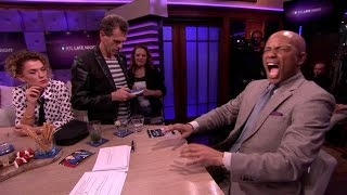 Download Humberto voelt hoe het is om ongesteld te zijn! - RTL LATE NIGHT Video