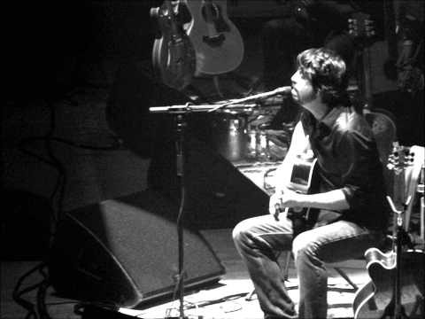 Foo  Fighters - Everlong (Acoustic)