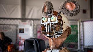 Download Restoring Showbiz Pizza's Animatronic Robots! Video