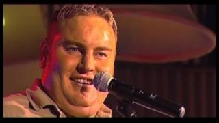 Download Zak van Niekerk - vertel 'n Storie (LIVE) Video