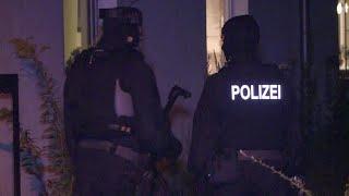 Download Terror-Ermittlungen auch gegen Polizisten | Panorama | NDR Video