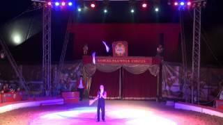 Download Extrait du Spectacle Formidable 2012 (Cirque Samuel Pauwels) - Samuel Pauwels - Jonglage Video