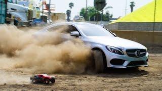 Download Parkour vs RC Car vs C-Class Coupe - The Ultimate Race! Video