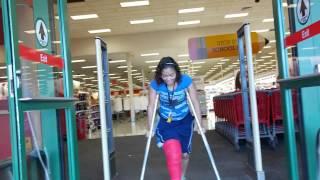 Download Samantha leg break 10 Video