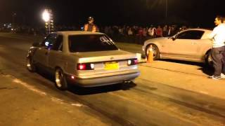 Download nissan sentra b13 vs Mustang 5.0 supercharged Tocancipa Video