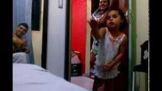 Download Criança nervosa (muito engraçado) Video