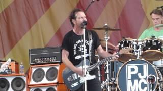 Download Pearl Jam - Better Man (Jazz Fest 04.23.16) HD Video