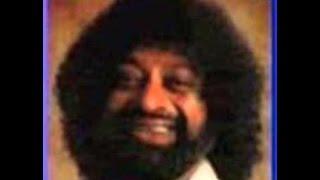 Download Sri Lankan Tamil Songs of 70 - 80's - Sila Sila Paavayar Sinna Sinna Paarvaigal Video