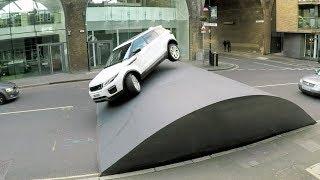 Download Range Rover Evoque Stunt – Speed Bump Video
