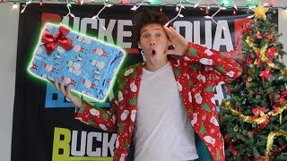 Download SURPRISING ROOMMATES WITH EARLY CHRISTMAS PRESENTS! Video