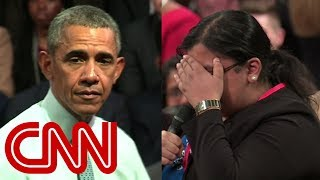 Download Emotional student comes out to Obama Video