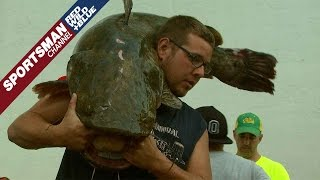 Download 16th Annual Okie Noodling Tournament Video