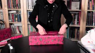 Download Diagonal Gift Wrapping Video