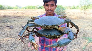 Download BIG GREEN SEA CRAB FIRE FRY AN AMAZING RANGERS RECIPE || HOW TO MAKE HEALTHY CRABS FRYING IN JUNGLE Video