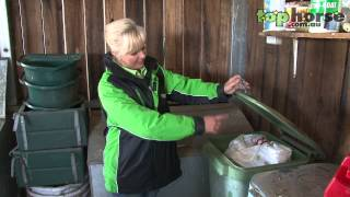 Download Tips for feeding your horse & managing your feedroom Video