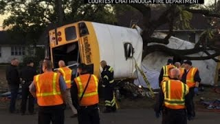 Download 6 Dead in Tennessee Elementary School Bus Crash Video