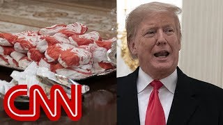 Download Trump caters fast-food feast for Clemson Tigers Video