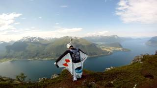 Download ‪GoPro 3D: Wingsuit Base Jumping in Norway with GoPro Bombsquad‬ Video