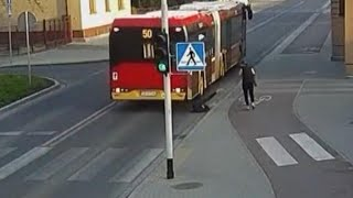 Download Teen Nearly Gets Hit by Bus After 'Friend' Shoves Her Video
