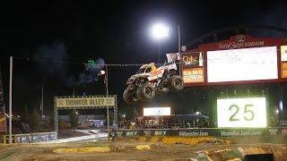 Download Monster Jam Top Ten Airtime Moments 2016 Video