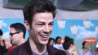 Download Grant Gustin Talks The Flashpoint Paradox & New Movie at Kids Choice Awards 2016 Video