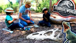 Download DESCUBRIMOS Juguetes JURASSIC WORLD 2 😱Fallen Kingdom BUSCANDO HUESOS DE DINOSAURIOS!! 🎁 UNBOXING Video