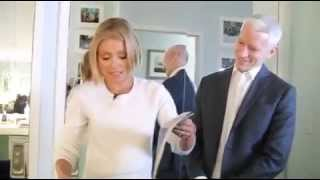 Download Anderson Cooper and his boyfriend Ben backstage with Kelly Ripa Video