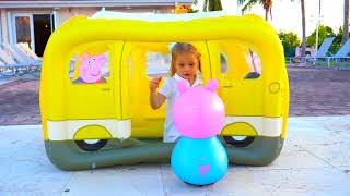 Download Funny Kid sing and dance The Wheels on the Bus Song for kids and Peppa Pig Toys Video