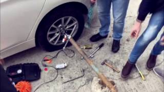Download [LIFEHACK] Как открутить сорванную секретку на BMW 535? Сочинский вариант. Video