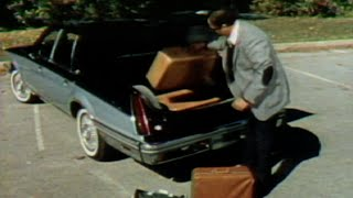 Download MotorWeek | Retro Review: 1982 Lincoln Continental Video