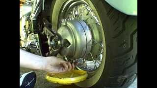 Download How To Change The Final Drive Oil On a V-star 650 Video