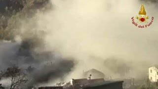 Download TERREMOTO CENTRO ITALIA M 6.5 - LA GRANDE SCOSSA IN DIRETTA - 30/10/2016 Video