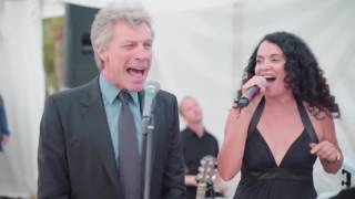 Download Jon Bon Jovi sorprende y canta en boda Video