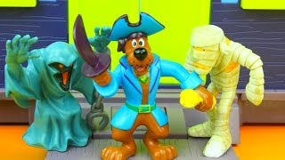 Download Scooby-Doo Captain Scooby and the Pirate Fort Mega Set Video
