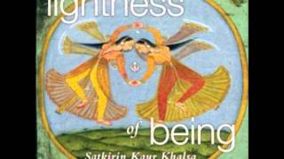 Download Magic Mantra-reverse negative to positive - Ek Ong Kar Satgur Pras (Lightness of Being) Video