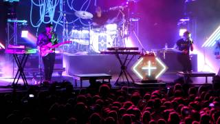 Download Shut Up And Dance - Walk The Moon (Live in Denver) Video
