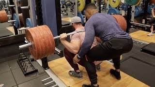Download BREAKING RECORDS AT GOLDS GYM!! Video