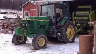 Download High hour John Deere 7410 cold start after 0°F. night Video