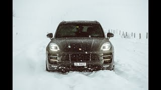 Download SNOW DRIVE IN THE 2017 PORSCHE MACAN TURBO! Video