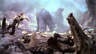 Download Giant Tyrannosaurus vs. Giant Triceratops Video