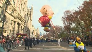 Download Balloons, Floats And Police At Macy's Thanksgiving Parade Video
