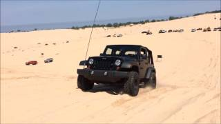 Download Turbo Jeep Sand Dune Climbing Video