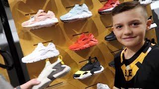 Download Basketball Shoe Shopping 2018 Video